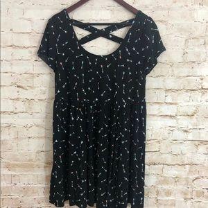 Torrid women's size 2 Arrow Print Dress